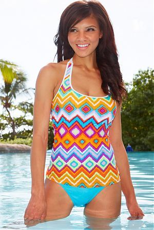 Sport Sydney Tankini Top...Modest is hottest!! I love hapari..wonderfully modest swimsuits:)