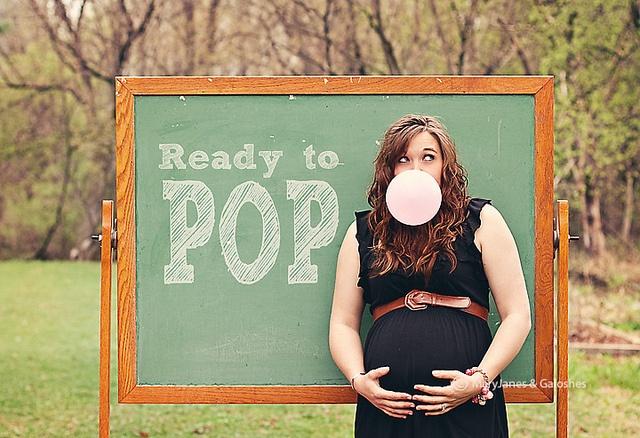 Pop! #maternity #photography #maryjanesandgaloshes