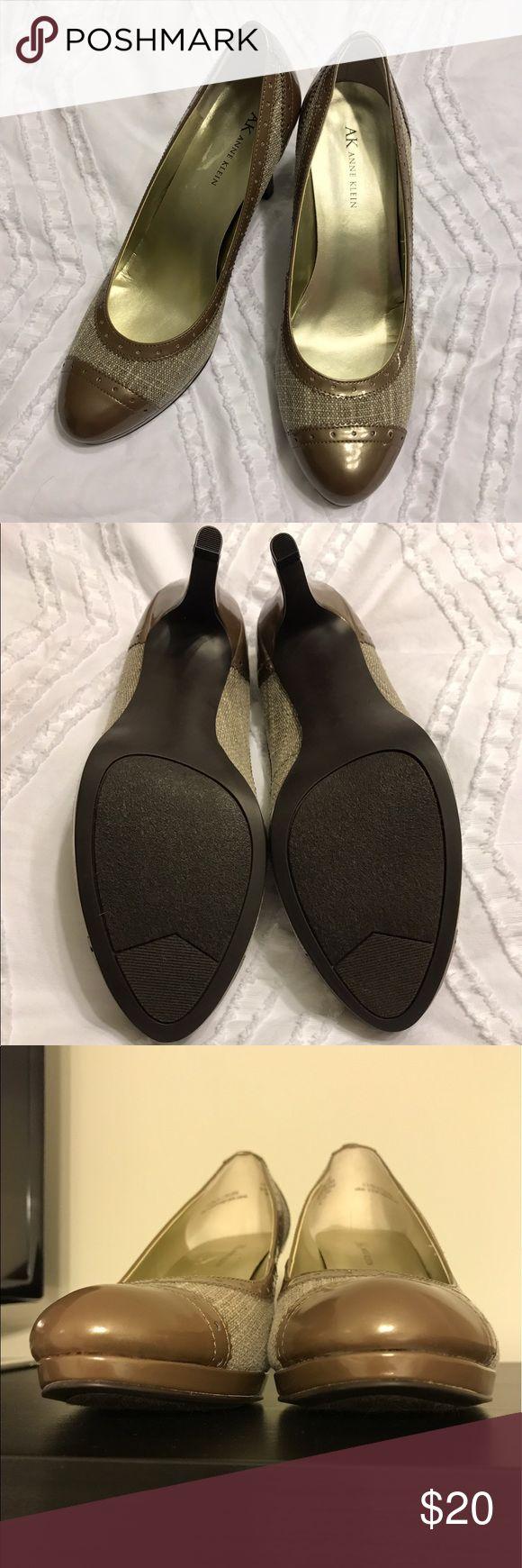 Anne Klein heels NWOT! Never worn beautiful two tone tweed heels. Anne Klein Shoes Heels
