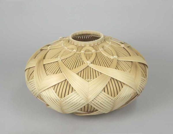 Fujitsuka Shosei ... Wind Hollow, 2013  ...  Madake bamboo and rattan  ...  9.50 x 16.00 x 16.00""