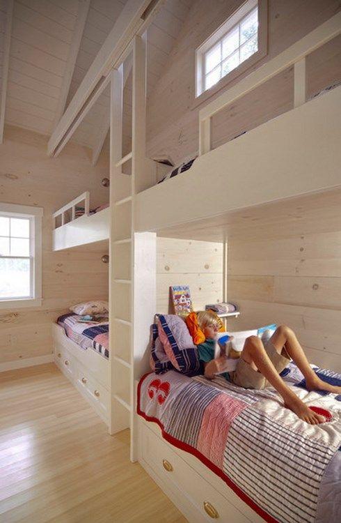 emeletes+ágy+szoba+gyerekszoba+polc+fiók+szekrény+asztal+felújítás+tároló+tanulás+játék-22-2015-otthon+ötlet.jpg (490×750)