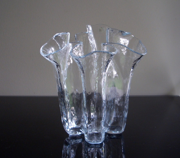 Muurla Finland Ruffled Glass Vase.