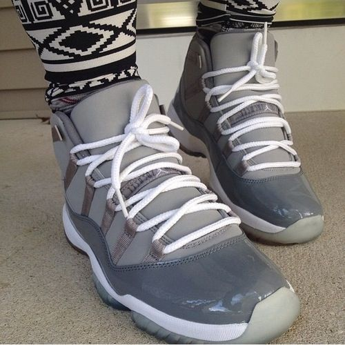 Cool Grey 11s Low