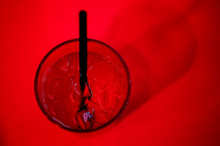 El alcoholismo es una enfermedad que afecta muy especialmente a la pareja. Hoy en el blog hablamos de qué hacer cuando mi pareja es alcohólica.
