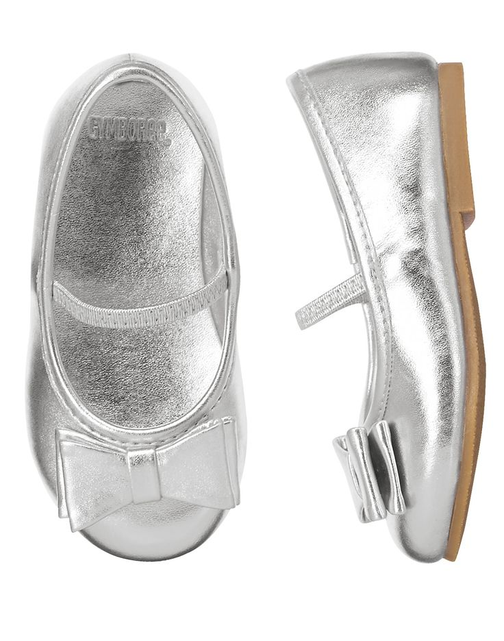 Silver Ballet Flats at Gymboree.The length of the sole of a size 6 shoe is 5.75 inches.