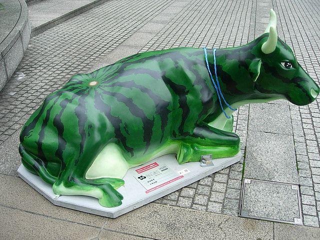 """Watermelon"" Cow at the Cow Parade in Tokyo, Japan, 2006 - photo by Elisabeth S. (SafranYuzu), via Flickr"