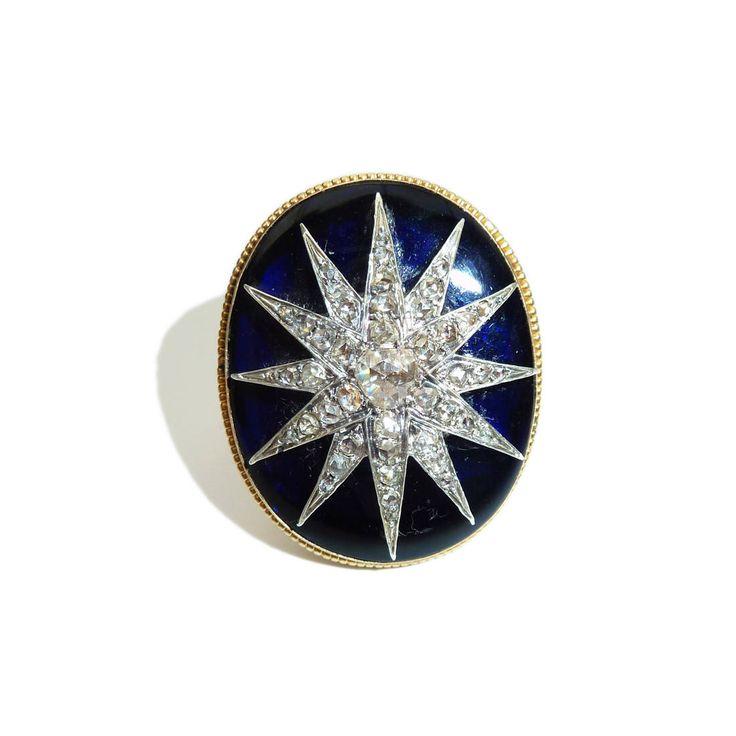 Oro de 18 kilates victoriana, cristal azul de Bristol y antigua corte diamante estrella de la India diseño anillo de AntiqueAnimalJewelry en Etsy https://www.etsy.com/es/listing/545059016/oro-de-18-kilates-victoriana-cristal