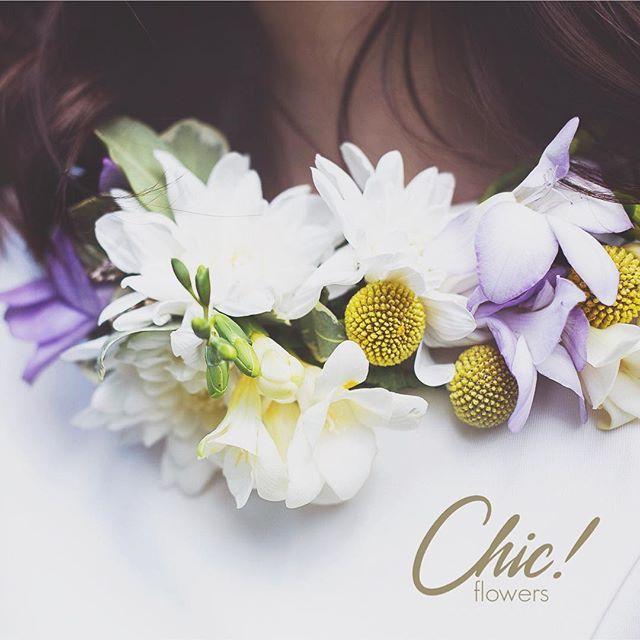 Цветочное ожерелье - нетрадиционное и очень красивое дополнение к образу невесты  #chicwedding #chicwed #chicfw #chicspb #цветыспб #радость #счастье #питер #спб #цветыназаказ #оформление #декорсвадьбы #любовь #декор #свадебнаяфлористика #букет #невеста #букетневесты #свадьба #свадьбаспб #свадьба2015 #шик #chic #ожерельеизцветов #цветочноеожерелье #украшениеизцветов #цветочноеукрашение #образневесты