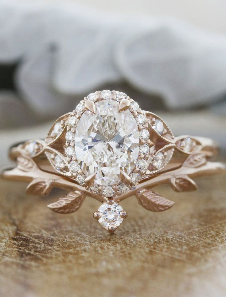 Adelixa: Nature Inspired Wedding Ring with Leaf Details | Ken & Dana #weddingrin…