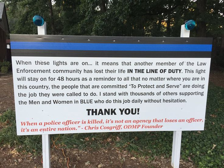 People Shocked At Fed Up Man's HUGE Yard Sign When They See What's On Top