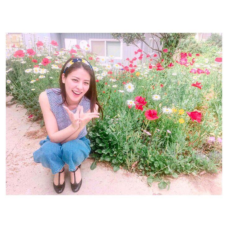 いいね!4,579件、コメント118件 ― 藤井 美菜 / 후지이 미나さん(@fujii_mina_0715)のInstagramアカウント: 「. 花があると幸せな人🌼 꽃이 있으면 행복한나🌸 I'm always happy with flowers🌺 #花#꽃#flower#私服#ootd」