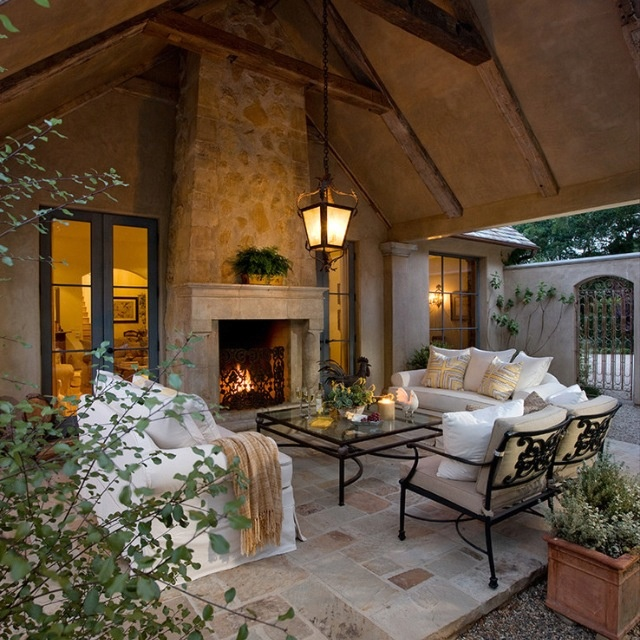 20 Amazing Finds For Outdoor Living Spaces: Amazing Outdoor Space!