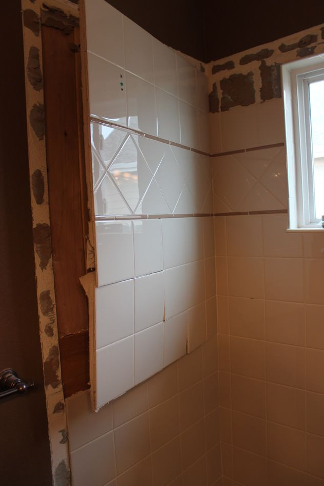 21 best images about bathroom remodel ideas on pinterest for Redoing bathroom walls