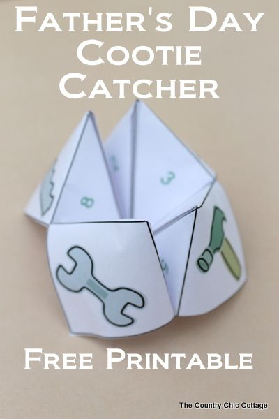 A free printable Fathers Day cootie catcher for your kids. A great way to show dad how much you love him with fortunes like hug your dad!