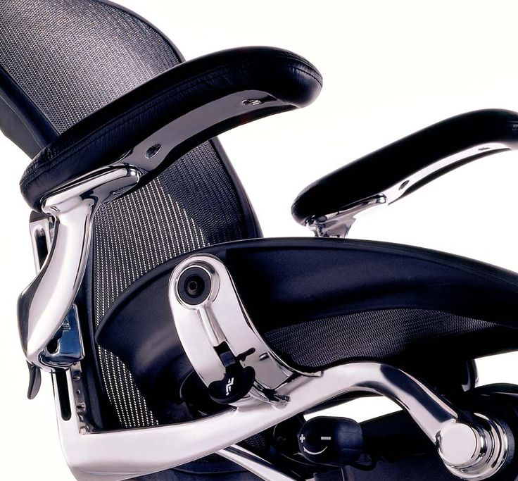 aeron chair by hermann miller became famous during the internet boom unlike many companies of