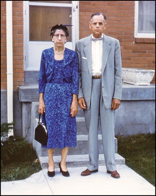 the happiest couple EVER...kodachrome 1960's