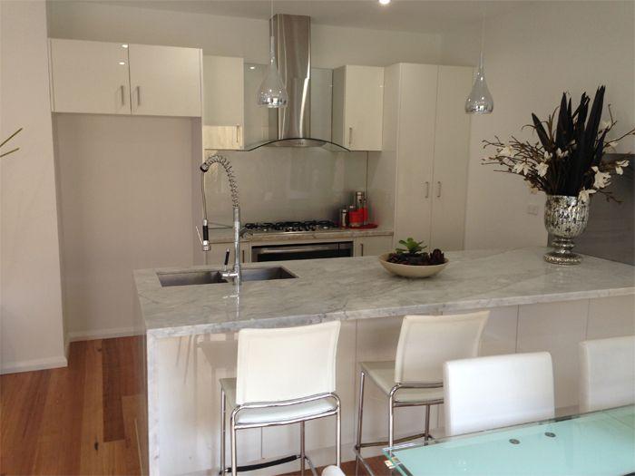 #GlassScreen #HomeDecor #Homedesign #BeautifulHome #Kitchen #Kitchendesign #KitchenDecor