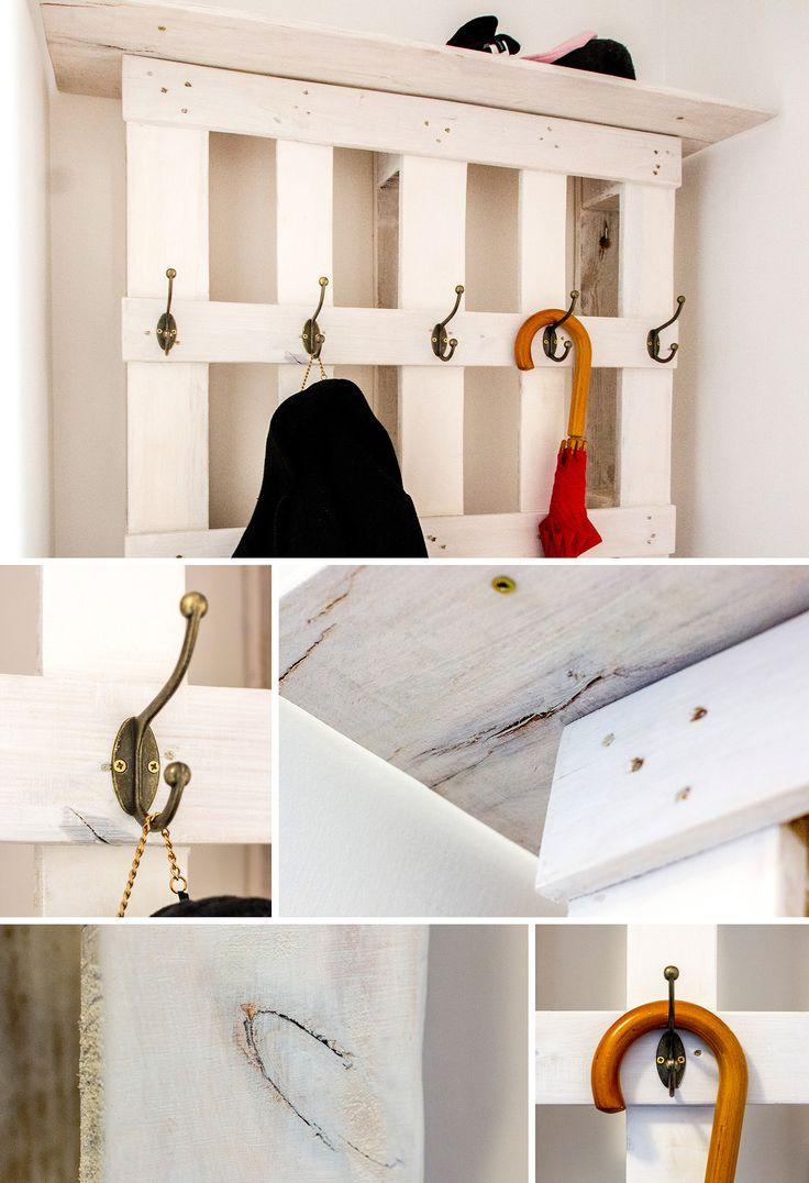 DIY wall pallet hanger