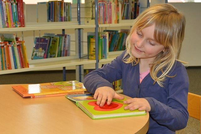 Olvasóvá nevelés