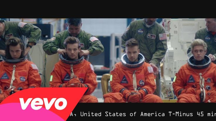 These little fuckers have surprised us again by dropping the Drag Me Down videos 12 minutes ago...and yet I can't be mad! I love them so much. #DragMeDownMusicVideo #BreakVevo