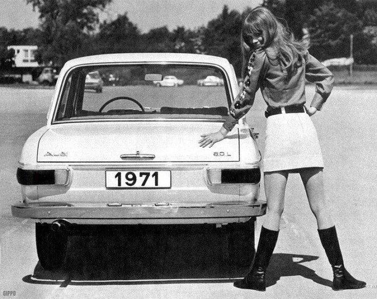 70s- democratic pricies - no one style - all styles are fashinable -etnika-disco-hippie-retro-sport-minimalism