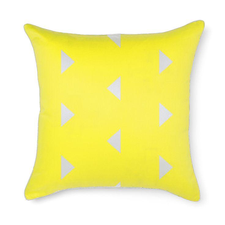 Aura Triangles Euro in Bright Yellow