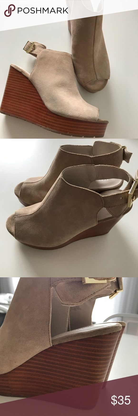 """Kenneth Cole """"Octavia"""" Sling Back Leather Wedges Kenneth Cole """"Octavia"""" Sling Back Leather Wedges - Gorgeous size 7's. Fits true to size. Normal wear and tear. Kenneth Cole Shoes Wedges"""