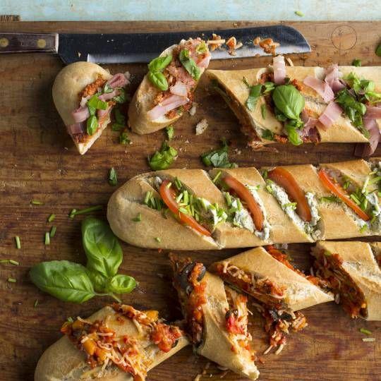 Stokbrood met pesto, roomkaas en bosui Kinderen  Familie Weekend Speciale dagen  Ovengerecht Brood Borrelhapje Feestje Verjaardag