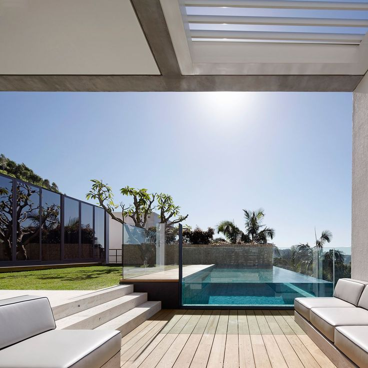 The pool is raised giving it a sculptural quality.
