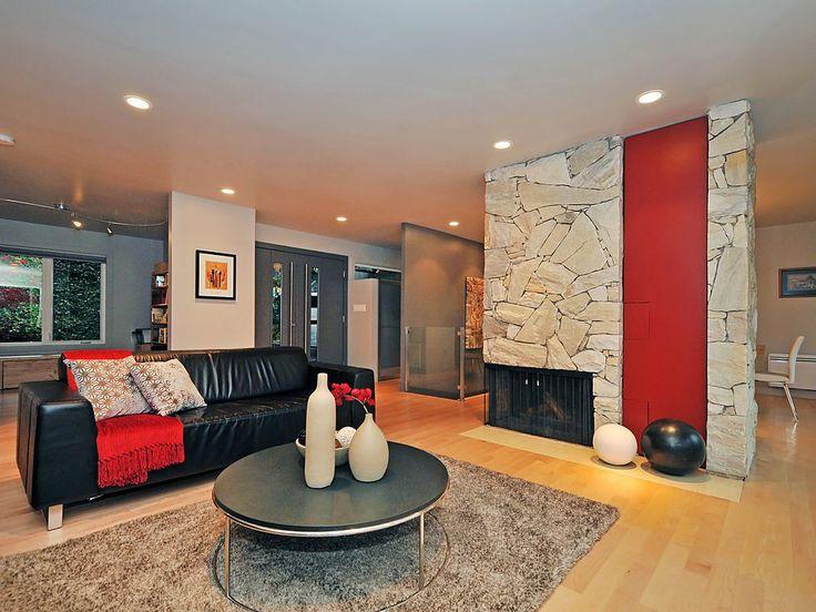 Contemporary Home in Broadmead