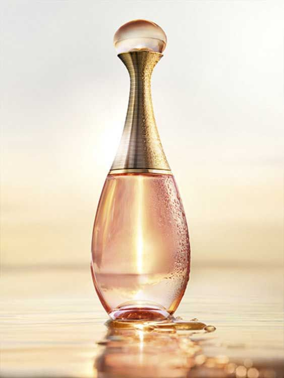 Dior J`Adore In Joy EDP.. - Top notes: Fleur de Sel - Heart: jasmine, ylang-ylang, neroli, tuberose - Base: peach