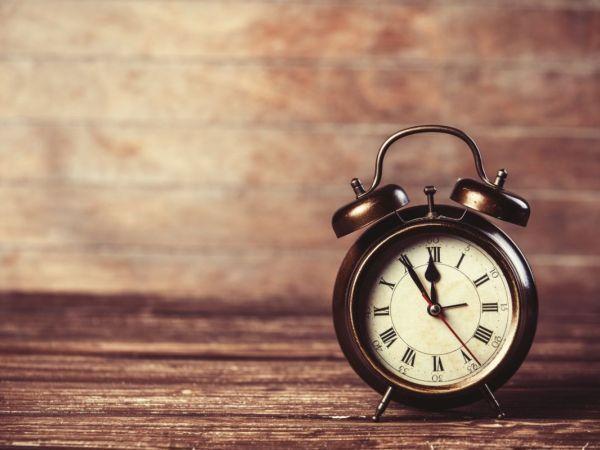 Daylight Saving Time 2016 Ends: Remember to Set Clocks Back Tonight