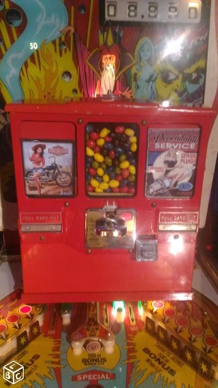 Distributeur de cartes et chewing gum vintage USA