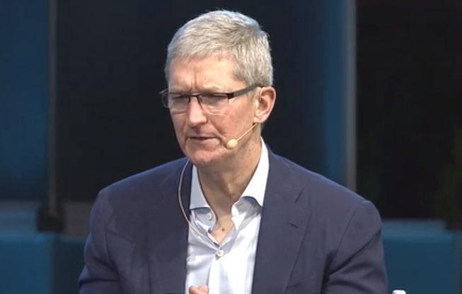 Tim Cook: Apple will kein Wettrennen mit Google im Bildungssektor - https://apfeleimer.de/2015/12/tim-cook-apple-will-kein-wettrennen-mit-google-im-bildungssektor - Wie Apples CEO Tim Cook mitgeteilt hat, plant das Unternehmen keinen Preiskampf mit Google und dessen Chromebooks im Bildungssektor.