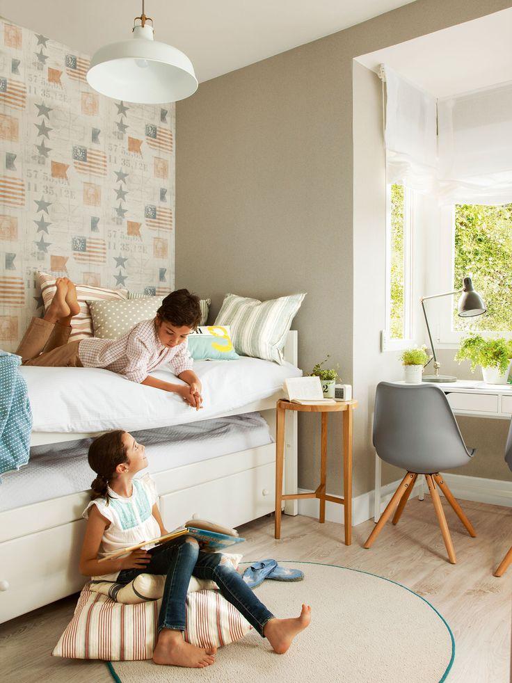 παιδικό δωμάτιο με ταπετσαρία και το παιδί και niña_412630