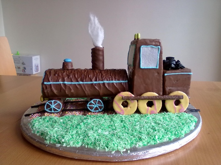 No Bake Train Birthday Cake Kids Birthdays Pinterest