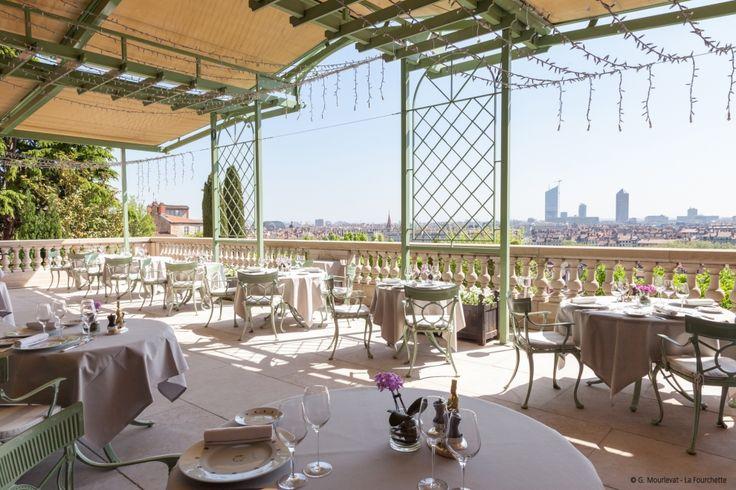 """Restaurant gastronomique """"Les Terrasses de Lyon"""" sur la colline de Fourvière"""