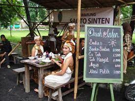 qinkqonk's Portfolio: OmahSinten Food Stall