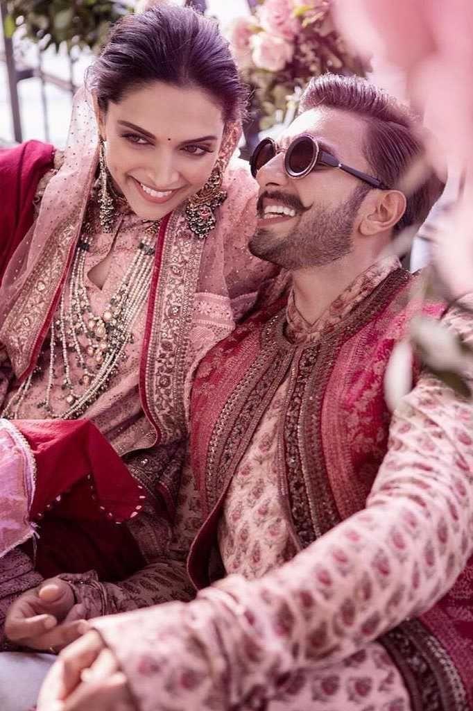 Deepika Padukone And Ranveer Singh Wedding Photos Bollywood Wedding Desi Bride Deepika Ranveer