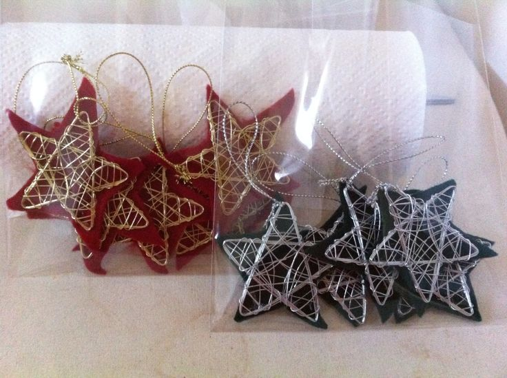 Xmas stars Made of wire and felt