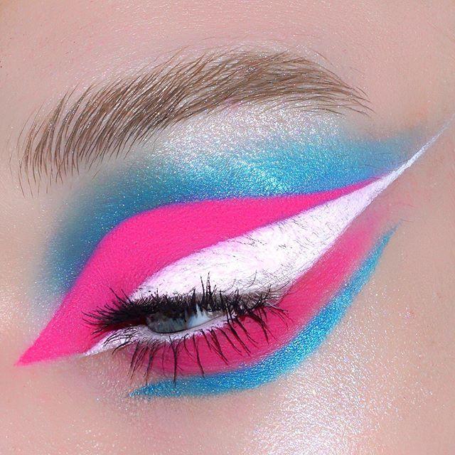 "transgender pride __ @morphebrushes 25L palette #makelifecolorful @sephora White liquid liner @milkmakeup Kush mascara + Kush brow gel in ""Hydro"" + ""Techno"" glitter stick #studiofam __ #makeup#makeupartist#motd#myartistcommunity#artist#editorial#trans#transgender#pride#transpride#morphe#sephora#milkmakeup #Regram via @www.instagram.com/p/By_OBMTJnlV/ Drag Makeup, Makeup To Buy, Beauty Makeup, Bold Eye Makeup, Creative Eye Makeup, Nice Makeup, Makeup Inspo, Makeup Inspiration, Makeup Ideas"