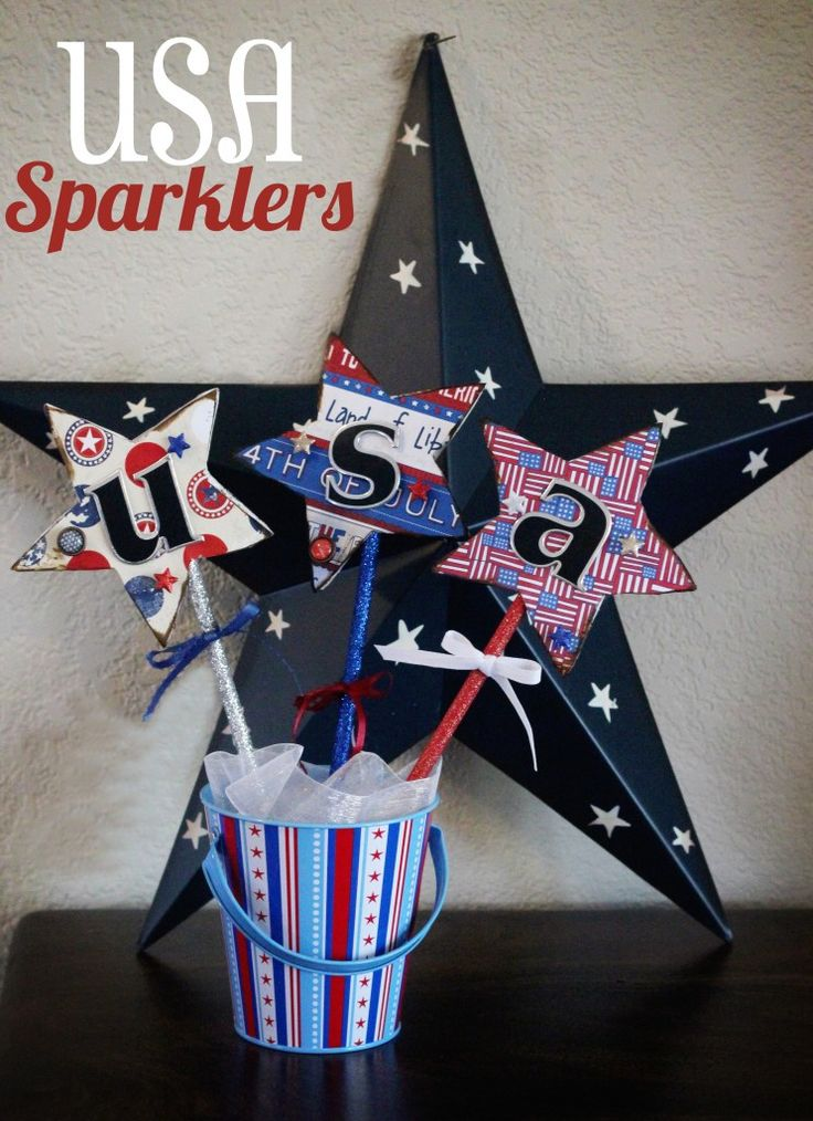 easy: 4Th Independence, 4Th Ideas, Patriots Buckets Decor, July Crafts, Usa Sparklers Title, 4Th Of July, July Decor, Centerpieces, Diy Projects