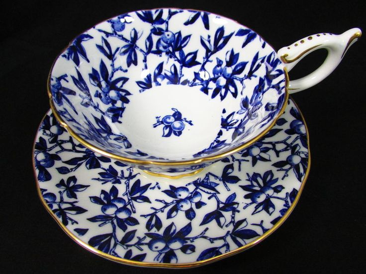 coalport chat Coalport china   coalport flower encrusted vase and cover,  come join our 'china chat a cute little gadroon teapot for a party of 1 or 2 see more.