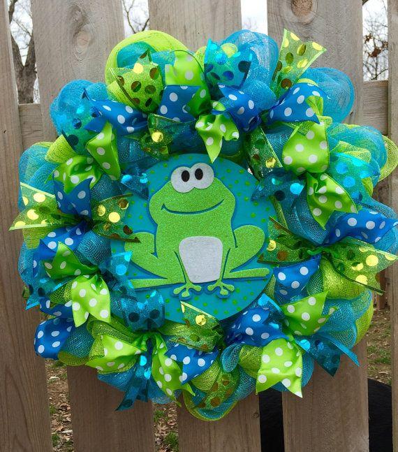 Frog wreath. spring wreath spring frog wreath by WandNDesigns
