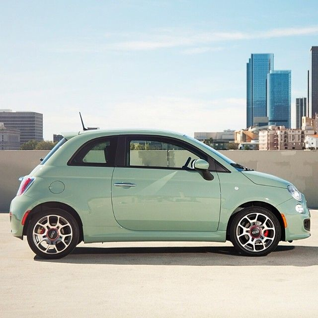 #Fiat500 and the new body color of #lattementa green