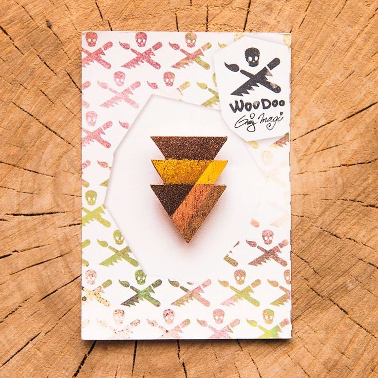 Tritriangles gold // Trojtrojúhelníky  wooden brooch via WooDoo -- wooden accessories. Click on the image to see more!
