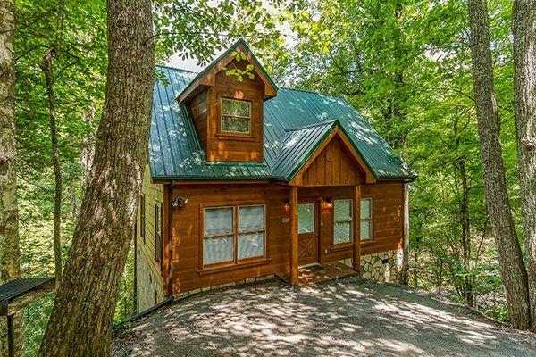 Fallin In Love Value 1 Bedroom Gatlinburg Cabin Rental Cabin Secluded Cabin Gatlinburg Cabin Rentals