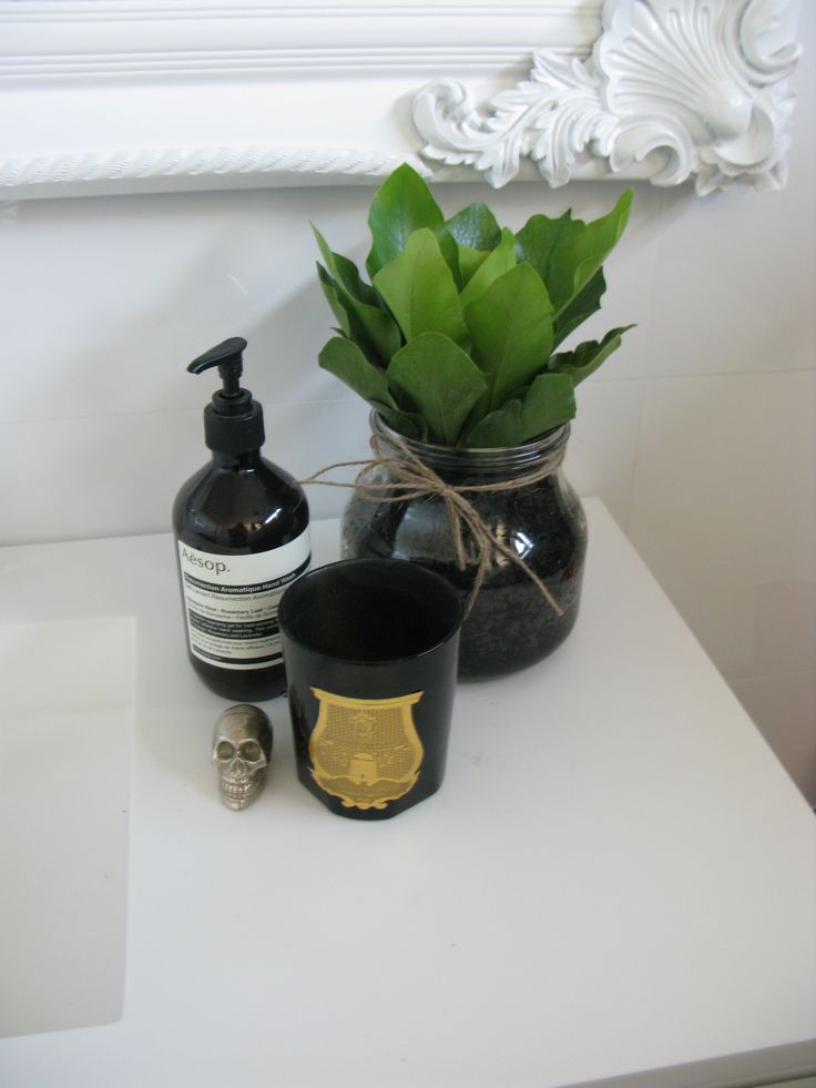 A beautiful reno in Mt Lawley and saying 'no to a red feature wall' candles homewares skull