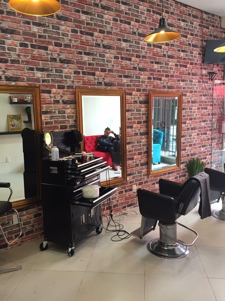 JJ Barber & Tattoo Studio