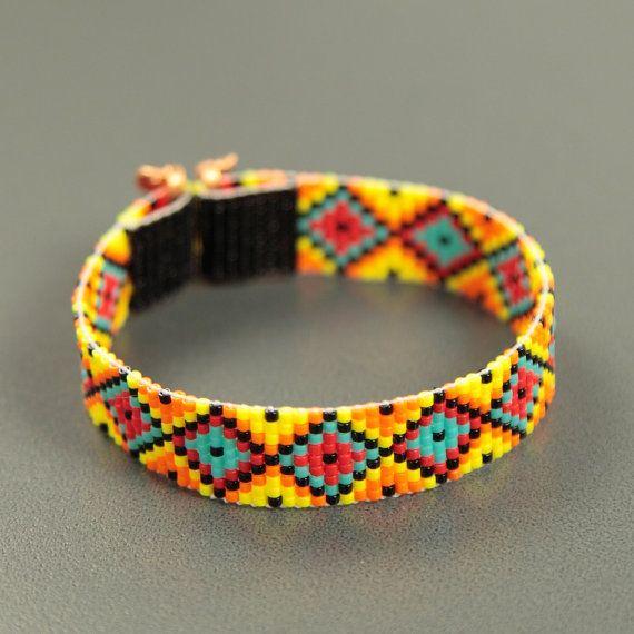 Items op Etsy die op Gebrandschilderd glas Twist Bead Loom armband Boheemse Boho ambachtelijke sieraden-westerse kraal Santa Fe Indiaanse geïnspireerd zuidwesten lijken